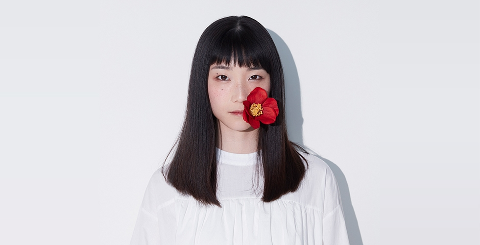 【メジャーデビュー記念企画】初登場!京都出身シンガーソングライターm@eを紐解く10のこと