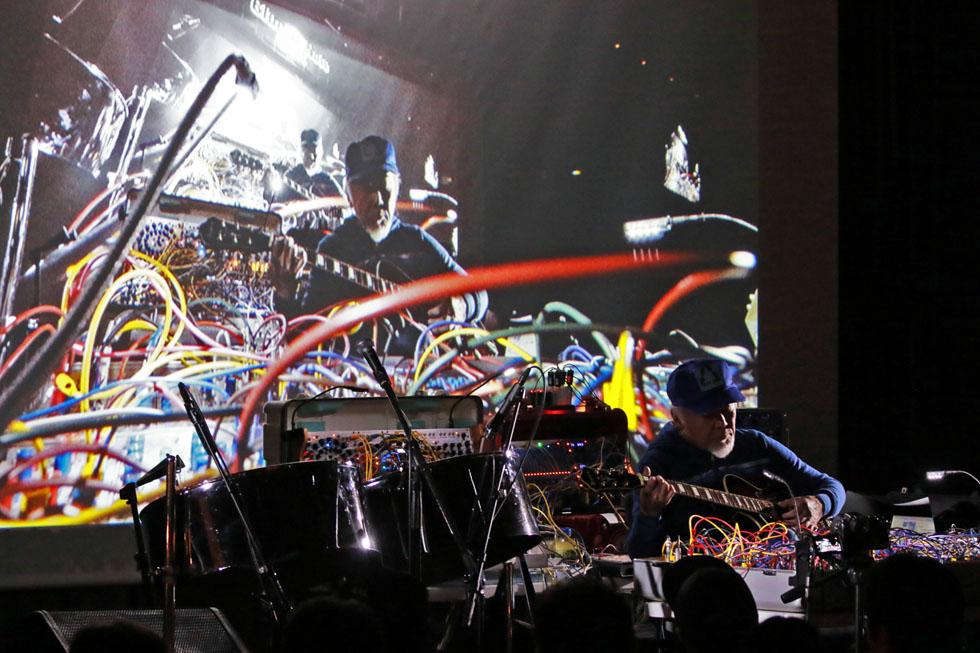 ヤン富田が探求する「音楽による意識の拡大」(3)