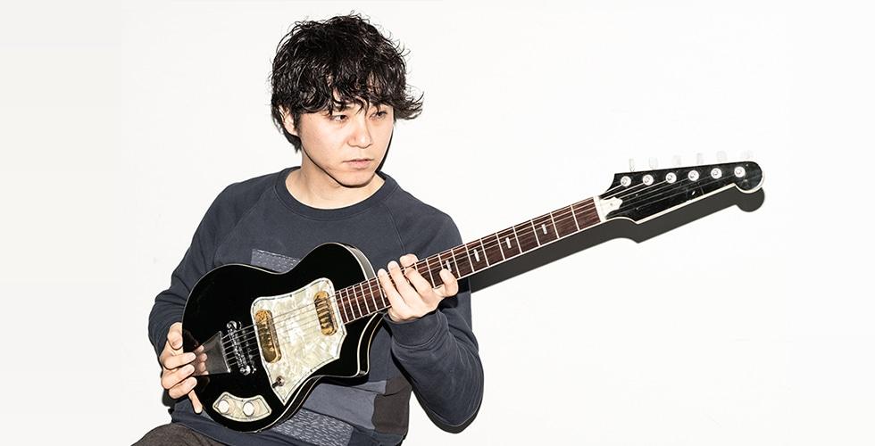 """生粋のシンガーソングライター""""磯貝サイモン""""が、アーティストとしての変革が刻まれた約3年ぶりとなるニューシングル「web」をリリース。"""