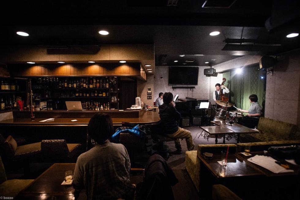 いきなりセッションデビューする店を探す.jpg