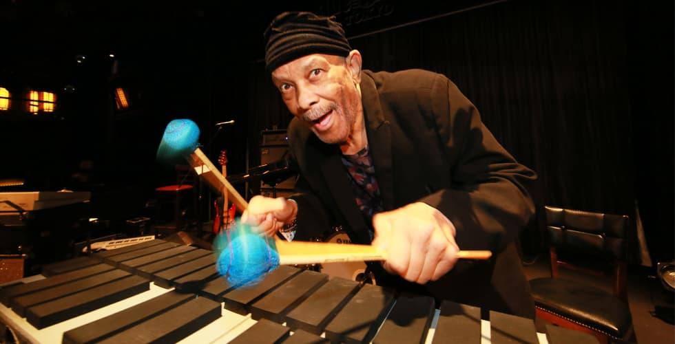 """「とにかく音楽をやるだけさ」ブラック・ミュージック界の生きる伝説、ロイ・エアーズの""""Aマイナーグルーヴ"""""""