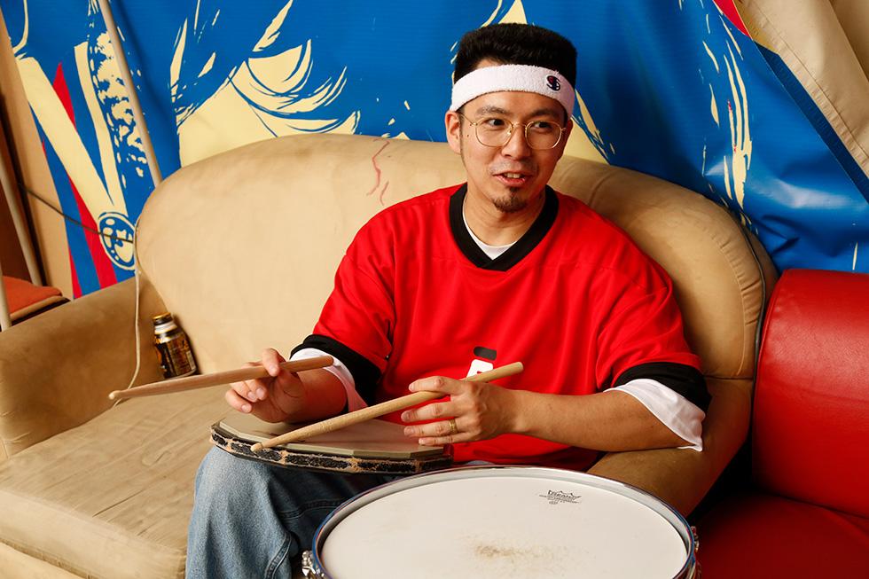 友達の家にアンプもドラムセットもあったから そこで練習するって感じでした(2)